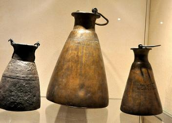 copper_jugs-352x251